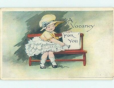 Pre-Linen comic GIRL PUTS OUT VACANCY SIGN FOR YOU ON BENCH HL2361