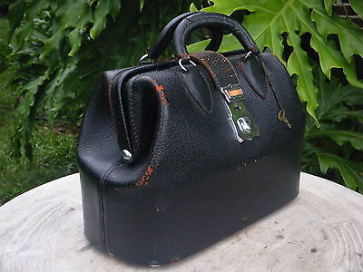 Auth Vtg Ladies Kruse Black Leather Doctors Bag Handbag Tote Purse Luggage Key