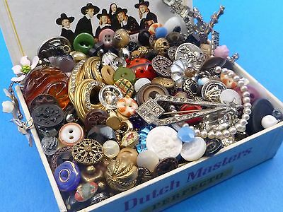 Vintage Antique 1+Lbs Mixed Button Lot Victorian Art Deco Glass w/Jewelry Parts
