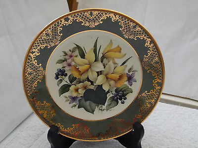 Small Royal Falcon Weatherby Decorative Plate Showing Spring Flowers