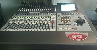 Roland VS-2480-CD  Digital Recorder With Motorized Faders