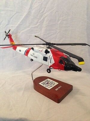 """Sikorsky HH-60J """"Jayhawk"""", US Coast Guard rescue helicopter"""