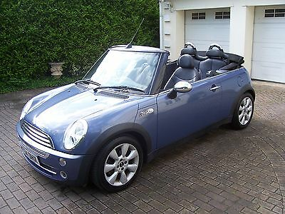 2004 Mini One Convertible 1.6 with Leather Interior.