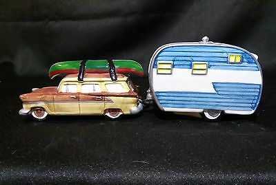 Department 56 Station Wagon with Camper