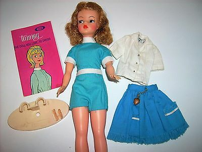 Vintage 1960's Tammy doll w original outfit and skirt blouse pak  Ideal toy