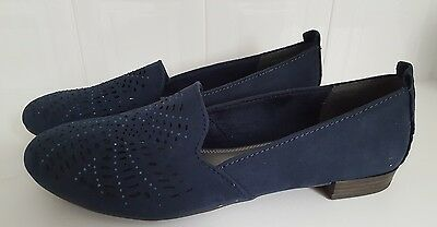 ladies navy slip on shoes, size 9