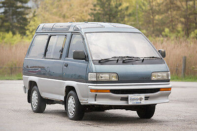 Toyota: LiteAce 1991 Toyota LiteAce Turbo Diesel - RHD JDM Postal Vehicle Unique Spacious Van