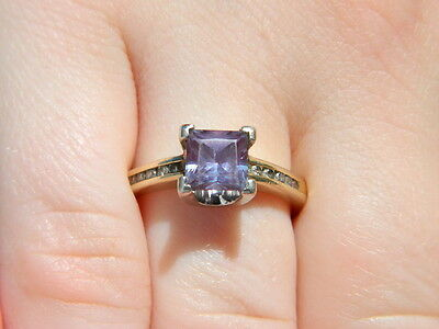 Vintage 10K Gold 0.90CT  Alexandrite Ring  Small Diamond Accents Size 5.75