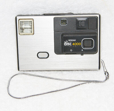 Vintage Eastman Kodak Disc 4000 Camera made in 1982 with metal strap