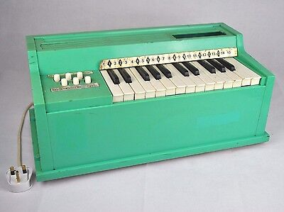 RETRO VINTAGE 70s 1970s MINT GREEN ROSEDALE ELECTRIC MINI CHORD ORGAN PIANO