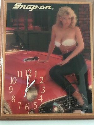 "Vintage Snap On Tools Advertising Pin-Up Girl Wall Clock ( 20""X 16) (5)"