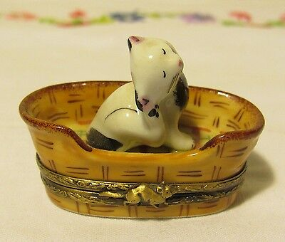 Limoges France white/black cat in basket with mouse hinged box