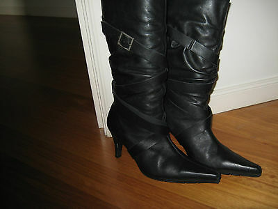 Leather Boots Size 7  As New