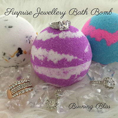 SURPRISE RING Bath Bomb A REAL LUXURY BATH TREAT Jumbo size 250g GREAT GIFT