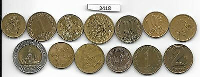 World x 13 Mixed  Coins all Differant Goldi Coloured