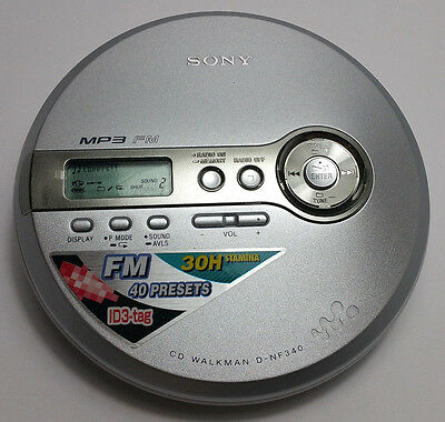 SONY PORTABLE CD WALKMAN MP3 CD-R/RW Player FM Tuner D-NF340 SILVER Tested Works