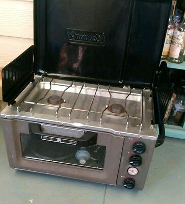 Colman camp oven