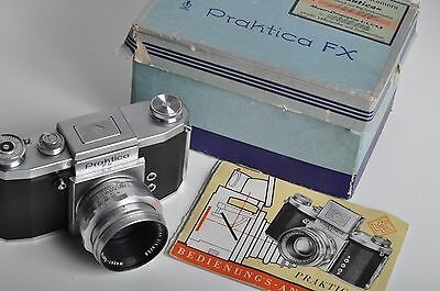 Praktica FX camera with Meyer-Optik Görlitz Primoplan 1.9/58mm lens, box, manual