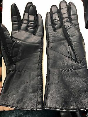 Woman's Size C Luxury Genuine Leather gloves. Made In Japan