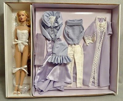Tonner Sweet Indulgences Tyler Wentworth Large Giftset - Mint & Nrfb