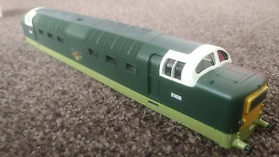 Hornby R3497 Railroad Class 55 Deltic Body BR Two tone Green Livery Brand New