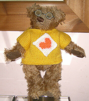 """Teddy Bears Clothes. New hand knitted yellow """"heart"""" t shirt to suit a  10"""" bear"""