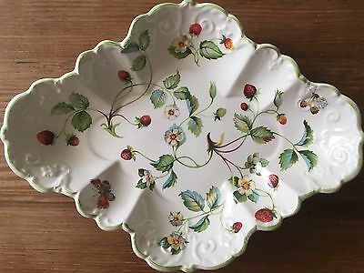 "James Kent Old Foley ""Strawberry"" Scalloped Serving Bowl-Excellent"