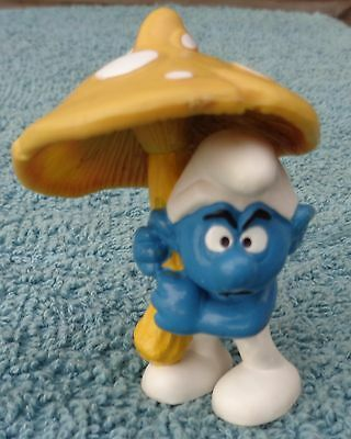 Rare Vintage Yellow Mushroom Umbrella Peyo Schleich Wallace Berrie Smurf Figure