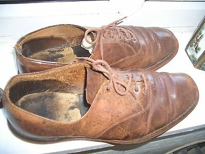 vintage leather crown bowls shoes  size 7