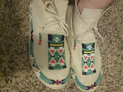 native American Beaded moccasins excellent condition