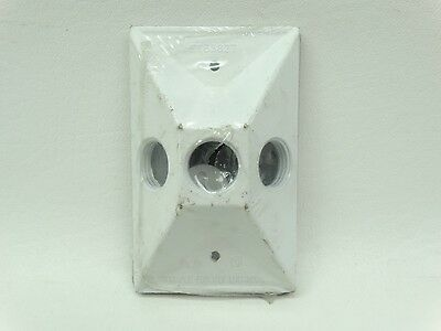 """NEW Sigma 14373WH White 1 Gang Three Holes 1/2"""" All Weather Outlet Box Cover"""