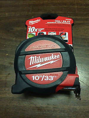 Milwaukee 10M 33FT Magnetic Tape Measure. 48-22-5233 NEW on card!