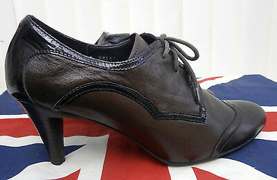 1940`s Wartime Landgirl Homefront Vintage heeled brogue style shoes size 6 / 39