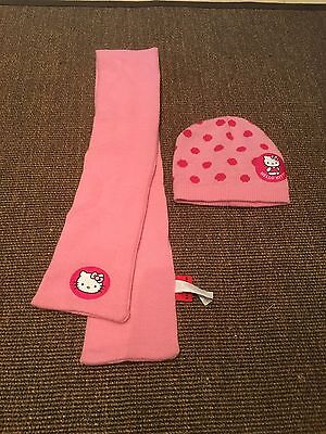 Hello Kitty Hat And Scarf Set