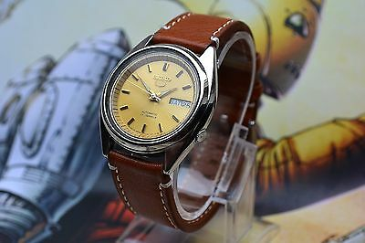 Vintage Automatic Seiko 5 Men's watch Yellow Gold Face