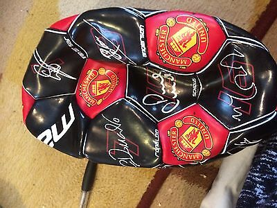 Manchester United Signed Ball