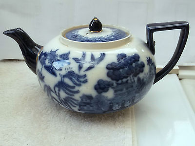 Antique Doultons Blue And White Willow Pattern Decorative Teapot  A/f