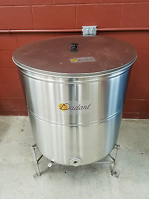 Dadant Stainless Steel Storage Tank with Strainer, Lid and Stand