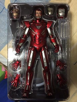 1/6 Hot Toys Iron Man Silver Centurion Sideshow Exclusive Edition