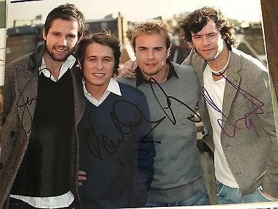 Take That fully  SIGNED Autographed 10x8 photo - Gary Barlow Mark Owen RARE