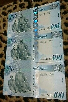 Bostwana 100 Pula lot of 3 Banknotes
