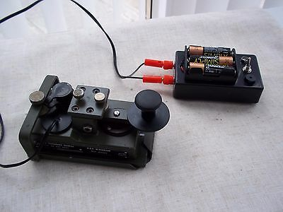 Military Morse Code/ Telegraph Key   and.sound/light  Practice unit...