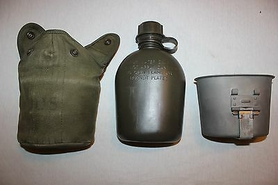 US Military Issue Vietnam War Era  Canteen with Canvas Cover and Cup SET CT034