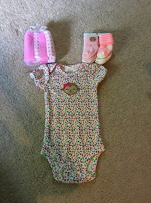 Baby Girl Gift Set Pink Washcloths Socks And Body Suit
