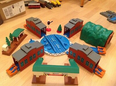 Tomy Thomas Trackmaster train set Wellsworth Station Tidmouth Sheds Turntable