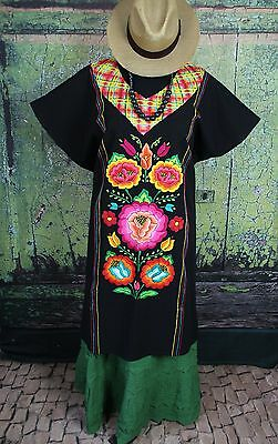 Black Floral Hand Embroidered Cotton Huipil Tehuana Mexico Hippie Boho Cowgirl
