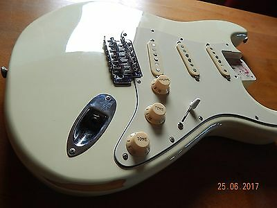 Fender vintage body OW full loaded relic