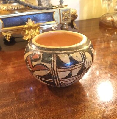 Antique Native American Pottery Bowl.