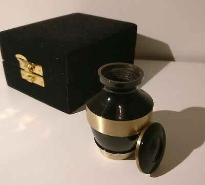 Keepsake / Small / Urn, For Memorial Cremation / Ashes; Black And Gold