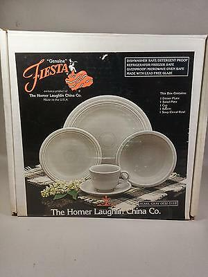 Homer Laughlin Fiesta 5 Piece Place Setting~Pearl Gray~ W/box~Retired    #2